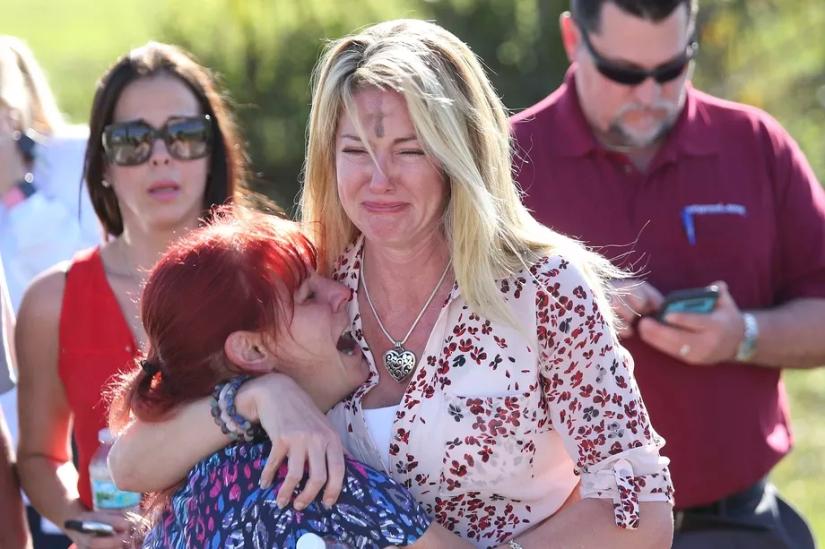 Florida shooting: 17 killed at highschool