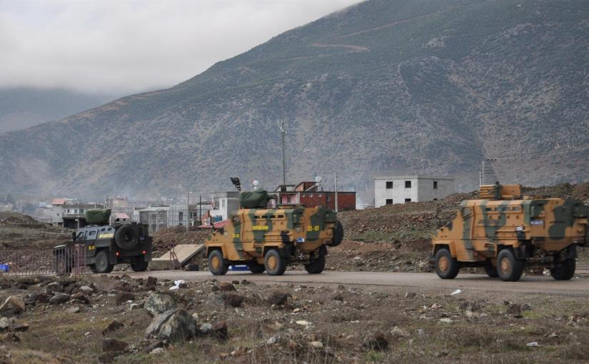Turks surround Kurdish-heldAfrin