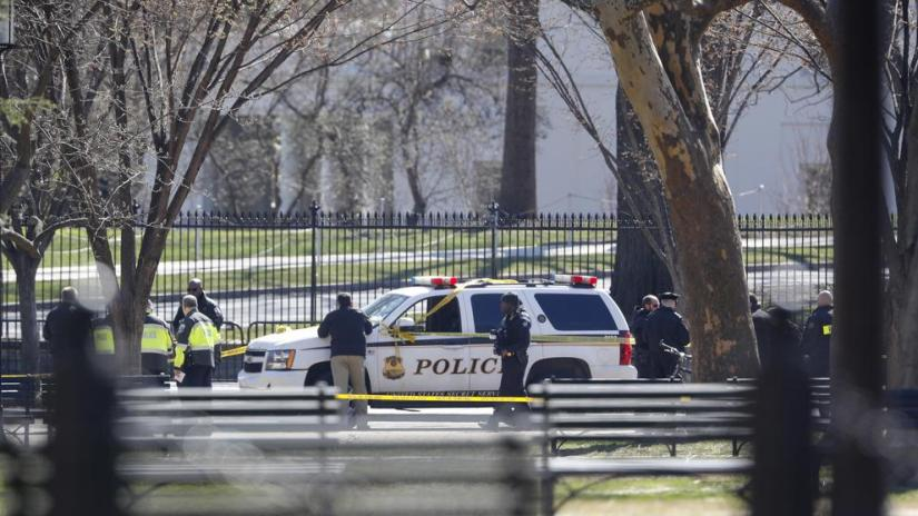 Man shoots himself outside of White House